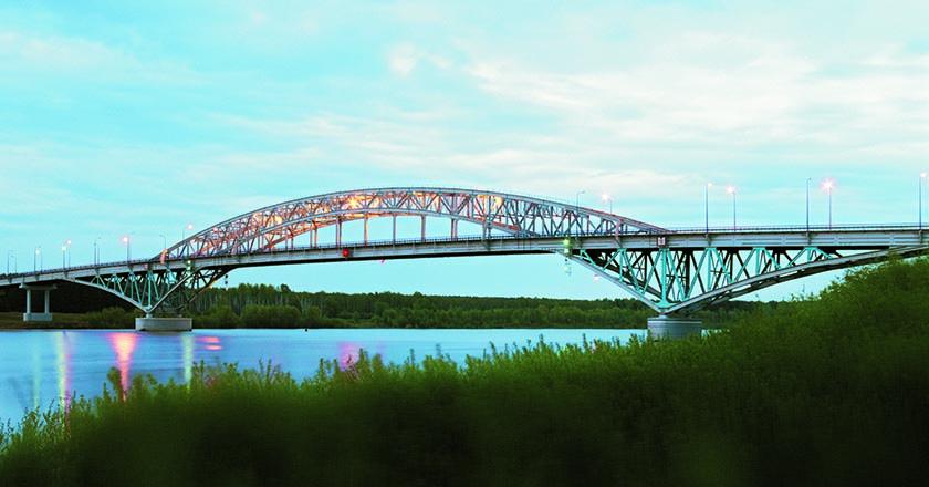 Самсоновский мост через реку Иртыш в Омской области