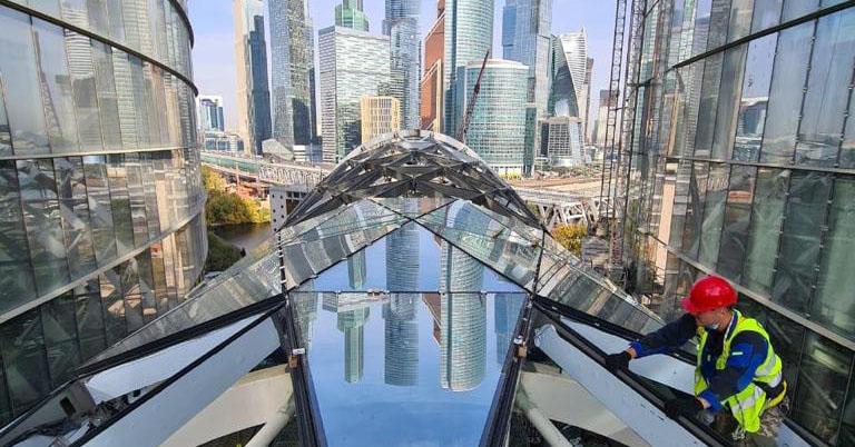 Строительство межбашенного пространства Административно-торгового комплекса в Москве